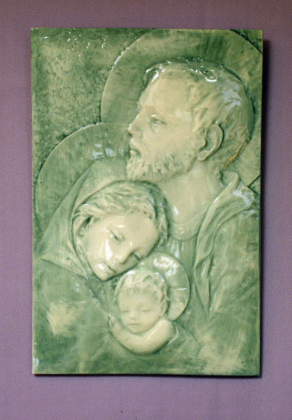 B 836 Holy Family Tile Plaque